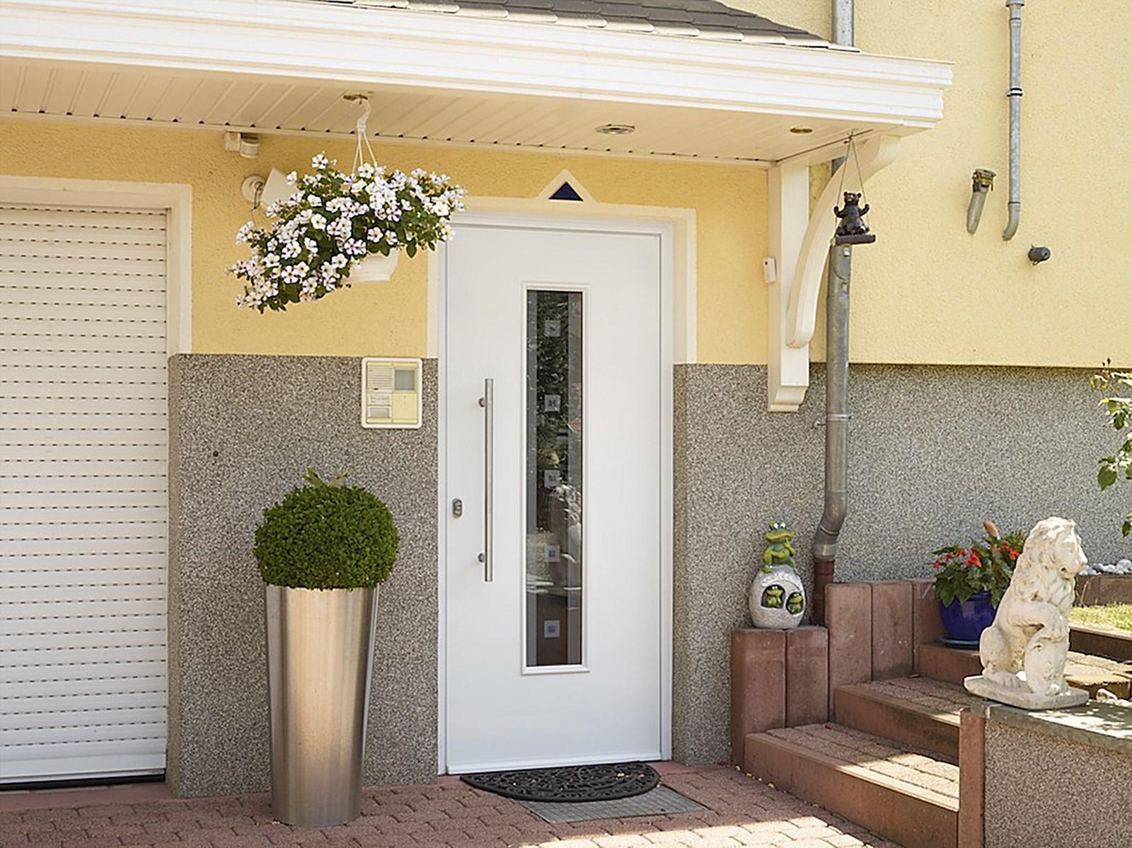 die etwas andere haust r renovierung portas schweiz renovierung. Black Bedroom Furniture Sets. Home Design Ideas